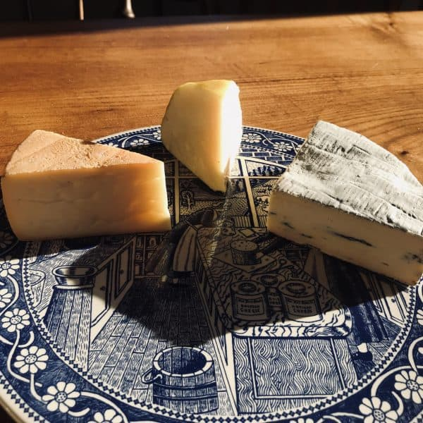 Three Cheese On Plate Lindum Yellow & Blue